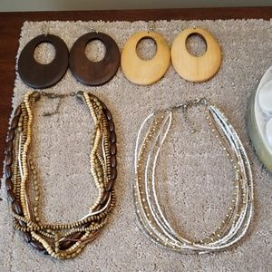 Bundle Wood Brown/Tan Necklace & Earring Sets (2)